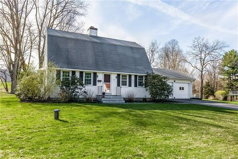Photo of 24 Maple Edge Dr, Bloomfield, CT 06002