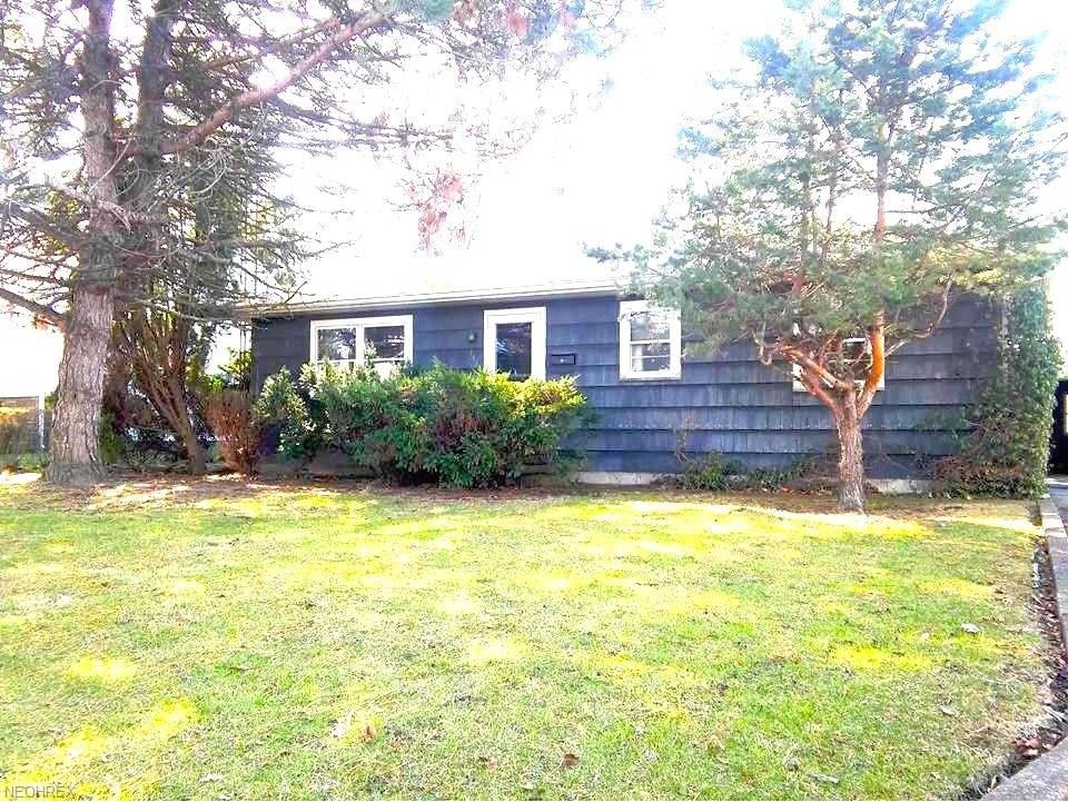 lakeside marblehead mature personals Marblehead cottage #1 @ east harbor, 100 yards from water, free boat dock here at rock harbor cottages we have only 4 cottages spread across nearly 3 acres of mature trees.