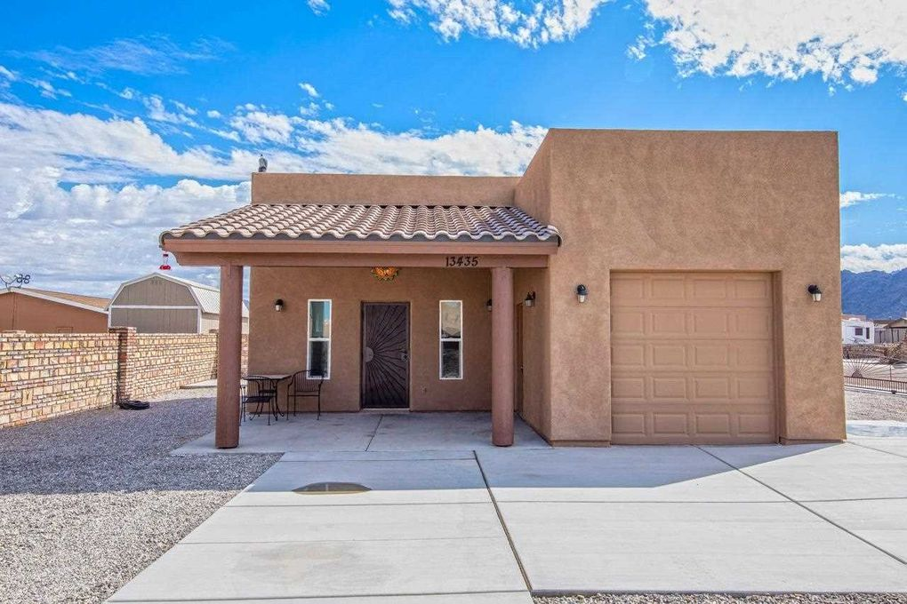 13435 S Brentwood Way Yuma, AZ 85367
