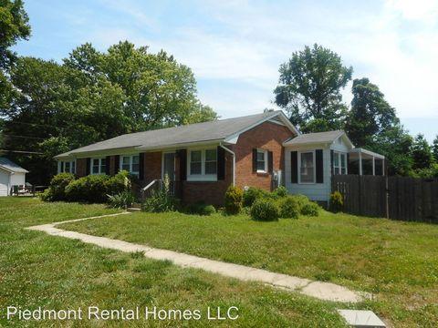Photo of 3046 Pleasant Ridge Rd, Summerfield, NC 27358