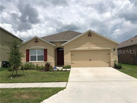Photo of 2316 Silver View Dr, Lakeland, FL 33811