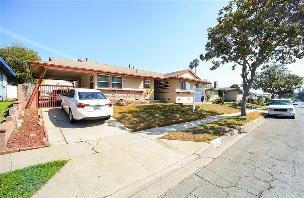 10608 S 8th Ave, Inglewood, CA 90303
