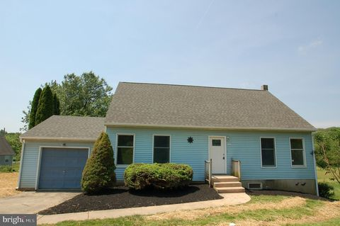 Photo of 406 Township Rd, Oxford, PA 19363