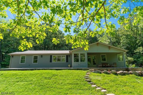 Photo of 1535 Beaver Dam Rd, Hollidaysburg, PA 16648