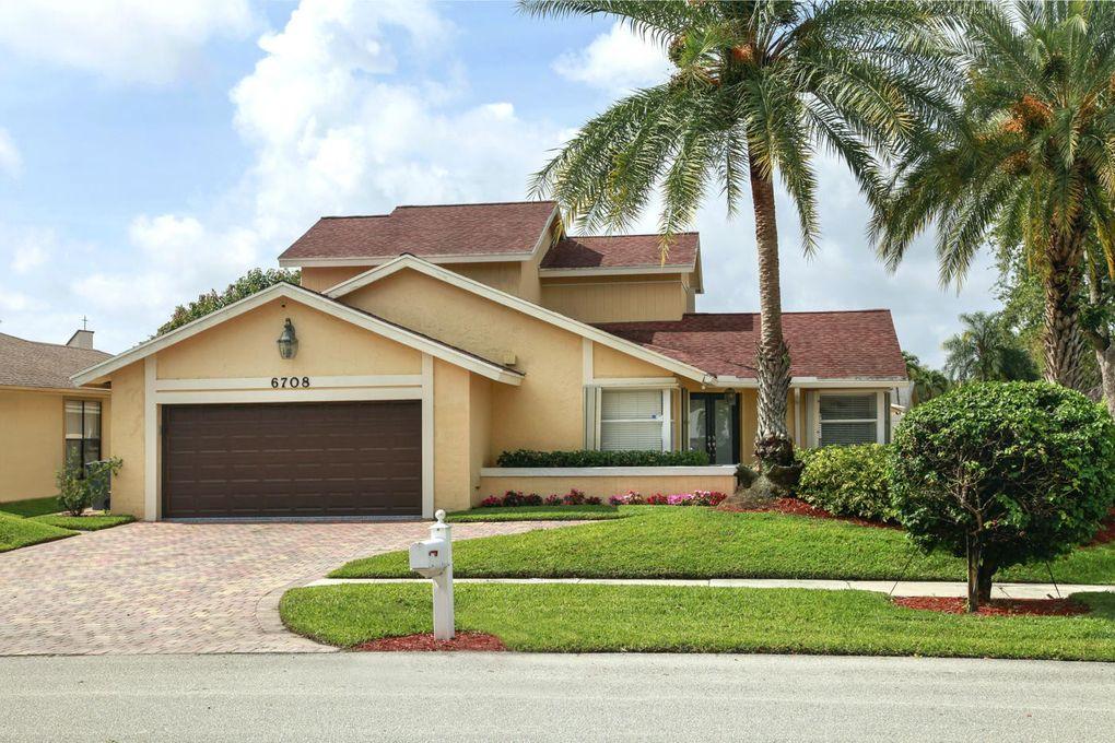 6708 Hollandaire Dr W, Boca Raton, FL 33433