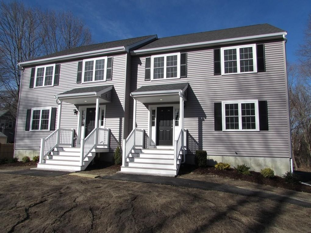 16 Albion Ct, Rockland, MA 02370