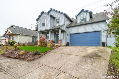 Photo of 440 Summerview Dr, Stayton, OR 97383