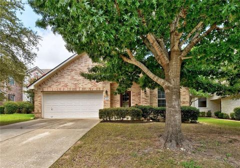 Photo of 13129 Appaloosa Chase Dr, Austin, TX 78732
