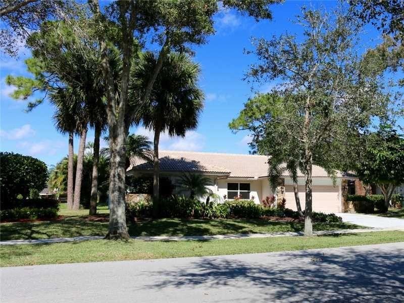 3455 Pine Haven Cir, Boca Raton, FL 33431