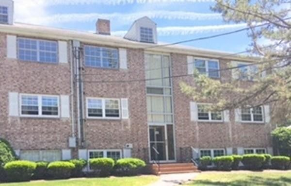 23 Edgelawn Ave Apt 3 North Andover, MA 01845