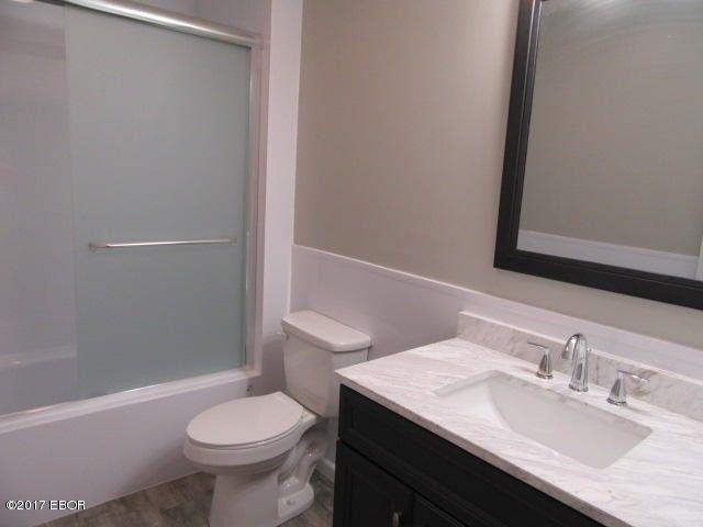 Bathroom Fixtures Vernon 1 evergreen dr, mount vernon, il 62864 - realtor®