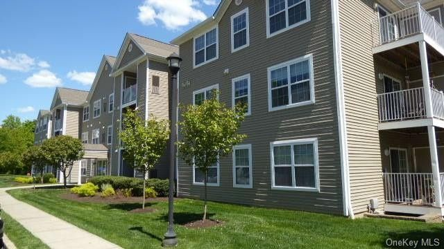 1201 Jacobs Hill Rd Cortlandt Manor, NY 10567