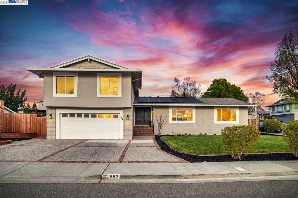 882 Aramon Ct Pleasanton, CA 94566