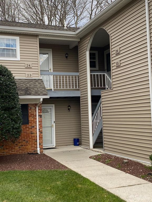 24 Lindsey Cir Unit 24 Old Bridge, NJ 08857