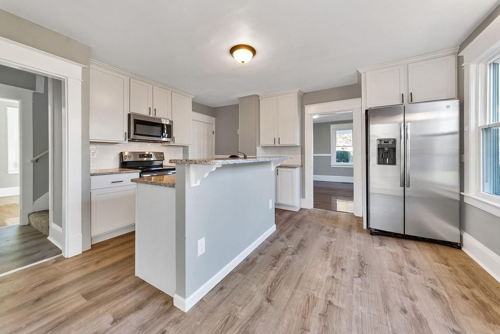 351 Prospect Ave, West Springfield, MA 01089
