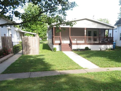 Photo of 510 Center St, Mazon, IL 60444