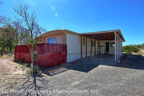 Photo of 3901 Deodar St, Silver Springs, NV 89429