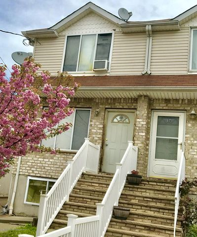 Photo of 15 N Burgher Ave, Staten Island, NY 10310
