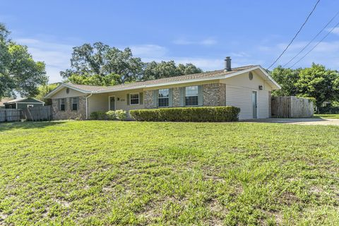Photo of 406 Nw Holmes Blvd, Fort Walton Beach, FL 32548