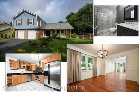 Photo of 1405 Longhill Dr, Potomac, MD 20854