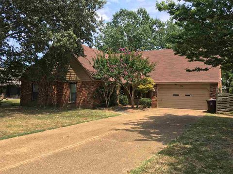 Photo of 678 Silverman Dr, Collierville, TN 38017