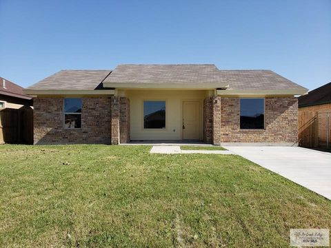 Photo of 537 Ruby Red Ln, Brownsville, TX 78521