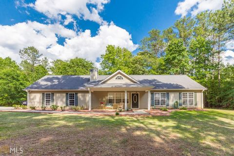Photo of 982 Dolly Nixon Rd, Senoia, GA 30276