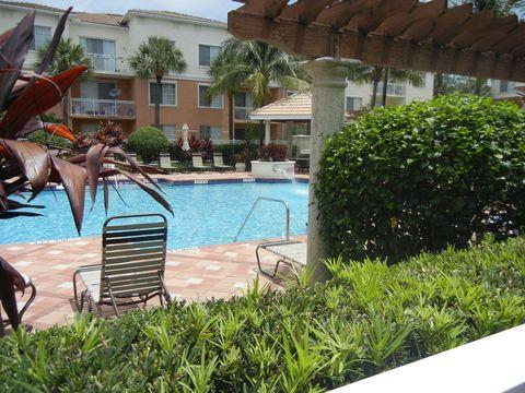 Photo of 7204 Myrtlewood Cir W Unit 204, Palm Beach Gardens, FL 33418