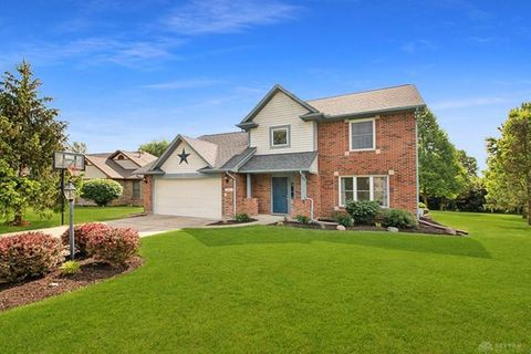 Photo of 2512 Countryside Dr, Fairborn, OH 45324