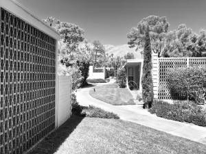 360 Cabrillo Rd Apt 114 Palm Springs, CA 92262