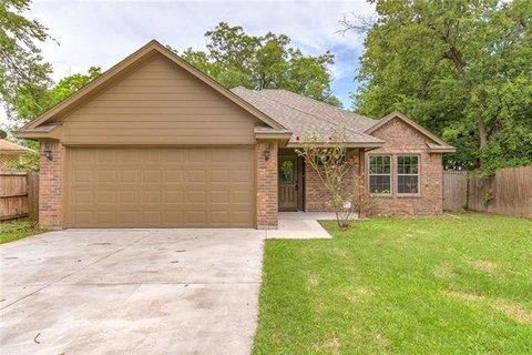 1409 Lawrence Rd, River Oaks, TX 76114