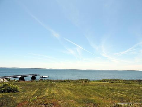 7 Oceanview Rd, Tremont, ME 04612