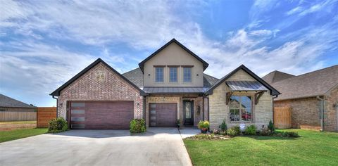 Photo of 4009 Ne Realtree Dr, Lawton, OK 73507