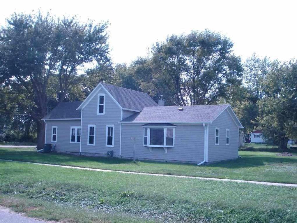 803 6th St, Stanton, NE 68779