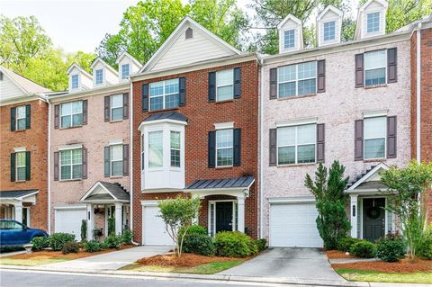Photo of 614 Pember Pt, Sandy Springs, GA 30350