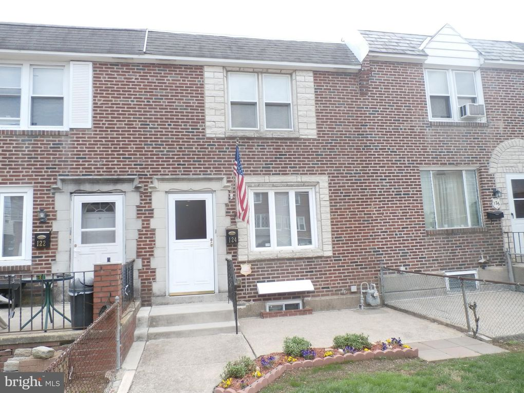 124 W Berkley Ave Clifton Heights, PA 19018