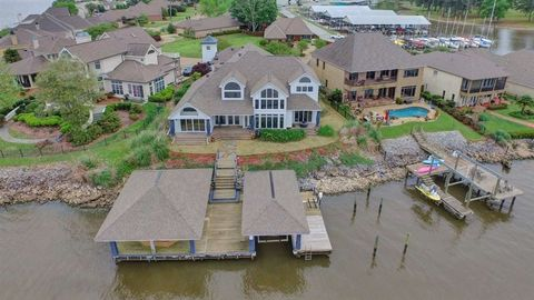 Photo of 1426 Windrose Pointe Dr, Brandon, MS 39047