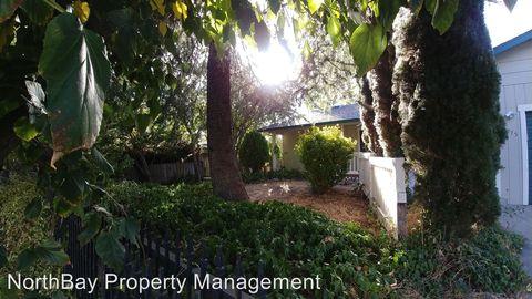 Photo of 7275 Marina Ct, Clearlake, CA 95422