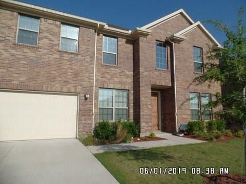 Photo of 4405 Lone Elm St, Sachse, TX 75048
