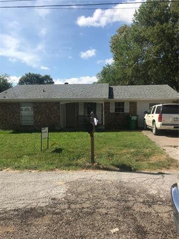 Photo of 208 E 10th St, Kaufman, TX 75142