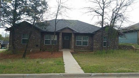 1808 Woodland Park Dr, Denison, TX 75020