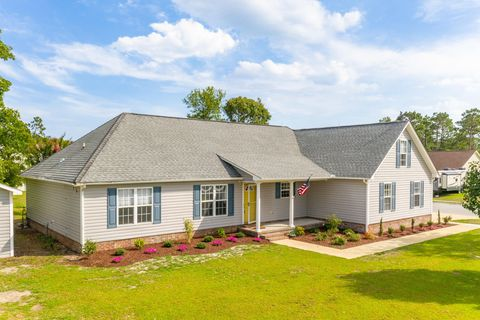 Outstanding Waterfront Homes For Sale In Cape Carteret Nc Realtor Com Download Free Architecture Designs Scobabritishbridgeorg