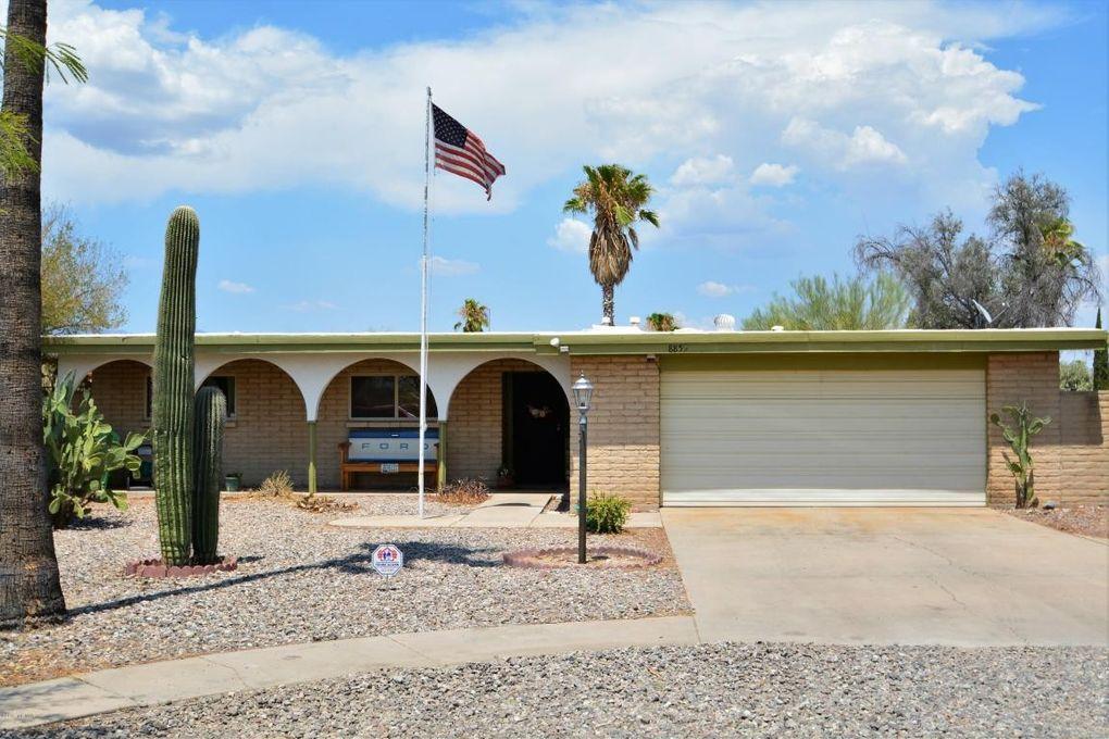 8855 E Old Spanish Trl, Tucson, AZ 85710