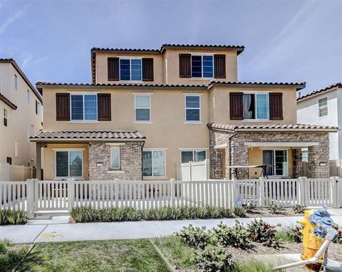 Photo of 1714 Santa Ivy Ave, Chula Vista, CA 91913