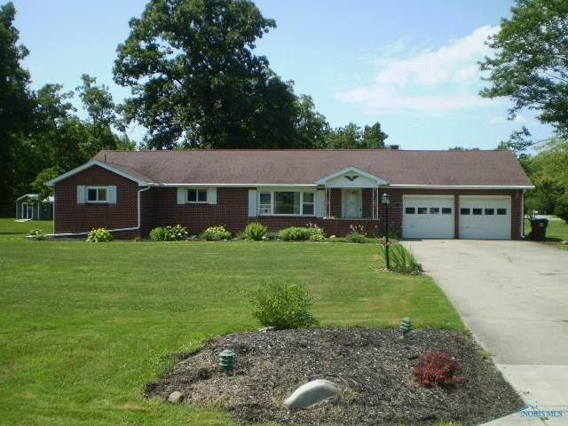 2014 Ayersville Ave, Defiance, OH 43512 on