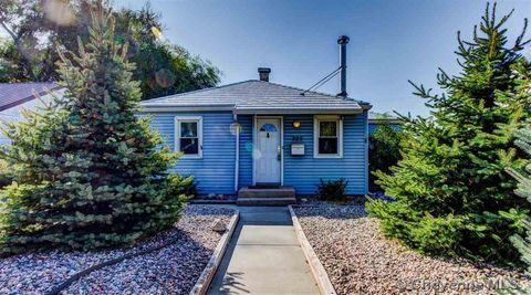 Photo of 305 E 4th St, Cheyenne, WY 82007