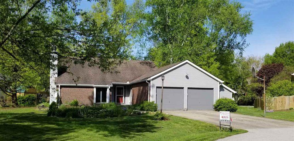 7739 S Garden Circle Ct, Terre Haute, IN 47802