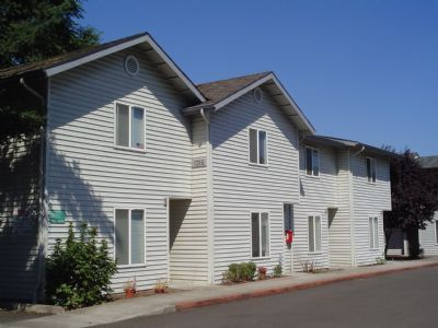 Photo of 5811 Aster St Apt 1, Springfield, OR 97478