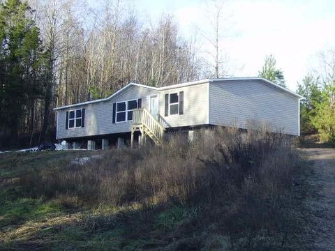 Photo of 3345 Old Highway 31 E, Westmoreland, TN 37186