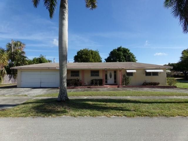 809 2nd st lake park fl 33403